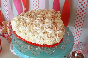 Tiramisu Heart Cake