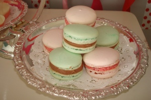 Peppermint Macarons & Raspberry Macarons