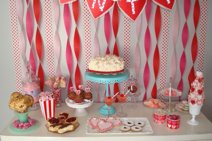 ! Valentine's Sweets Table !